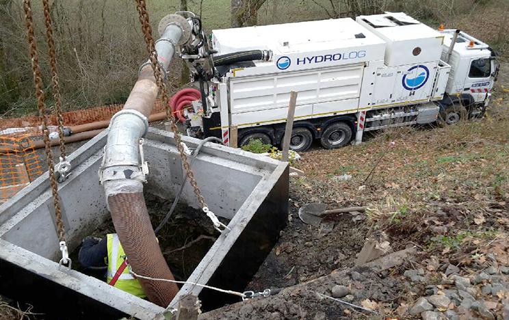 terrassement-aspiratrice-hydrolog