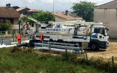 Hydrocurage de canalisation EU en vue d'une inspection télévisée